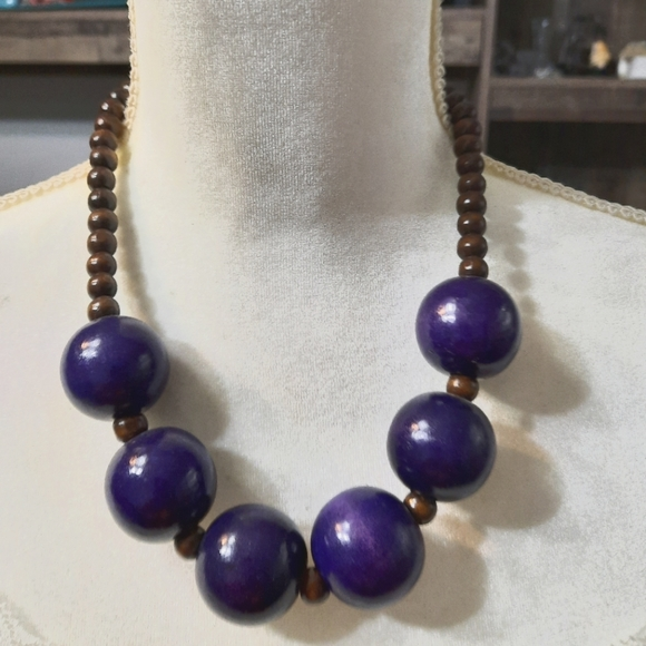 Paparazzi-wooden purple and brown necklace set